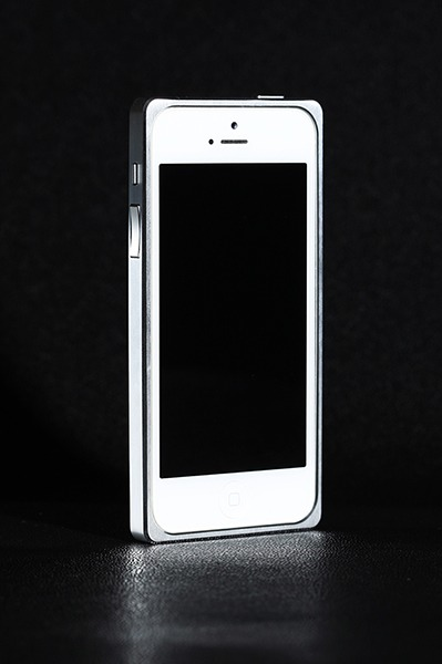 How does the white iPhone hold up if you don't use a case?-imageuploadedbytapatalk-hd1373734978.651334.jpg