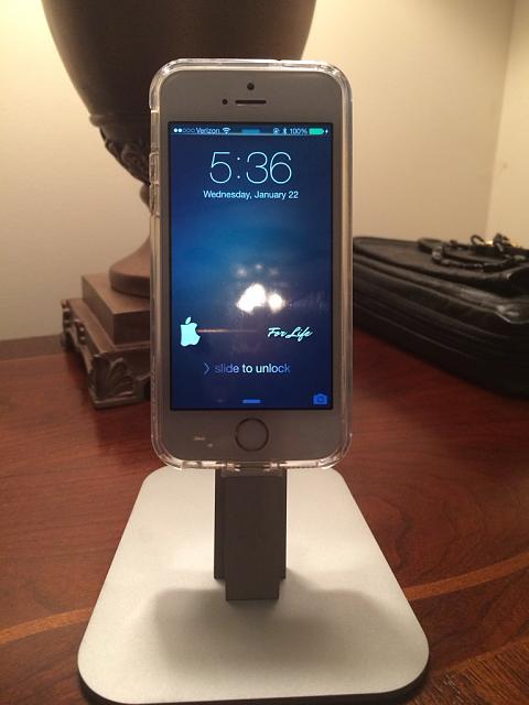 Iphone 5 Lighting charger cable-imageuploadedbyimore-forums1392744663.775503.jpg