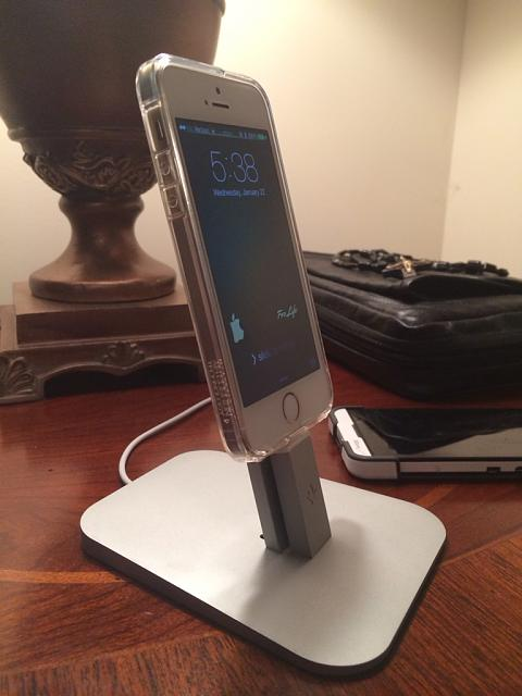 Iphone 5 Lighting charger cable-imageuploadedbyimore-forums1392744767.869509.jpg