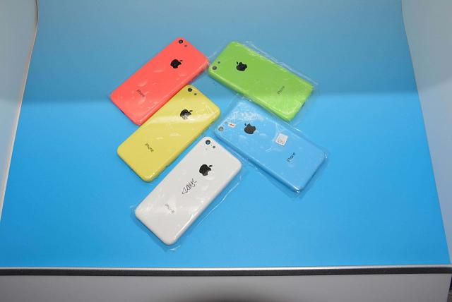 The iPhone 5c has flavors not colors-icecreame5c.jpg