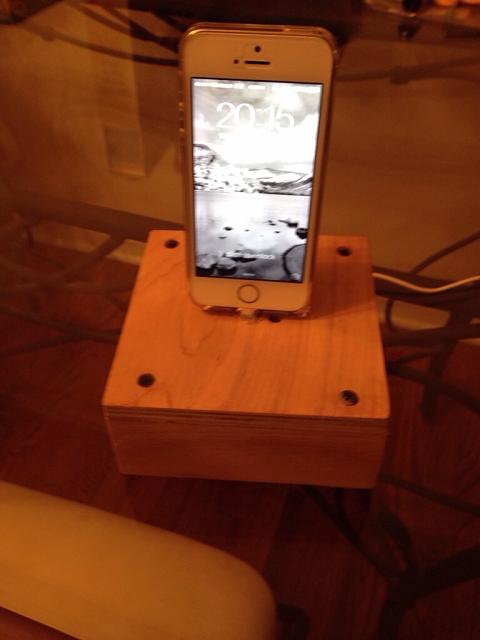 Charging dock-imageuploadedbyimore-forums1380760670.534445.jpg