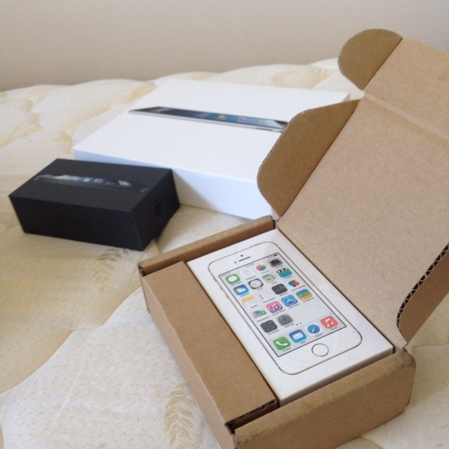 Official iPhone 5S Orders - Shipped - Delivered  Thread:-80eba06431d211e3af2822000ab6843e_8.jpg