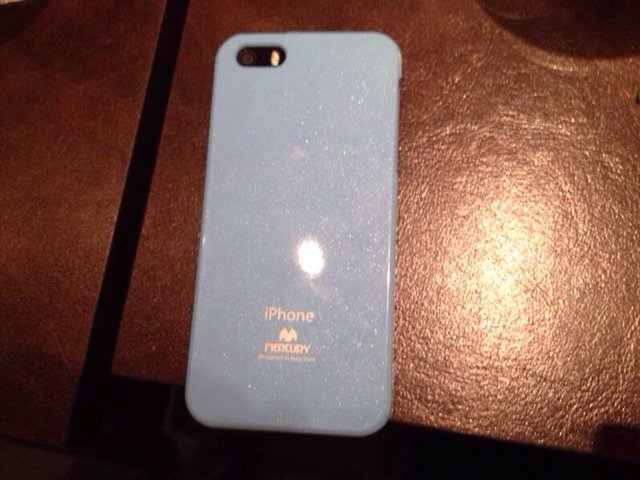 iPhone 5S Naked or in a case?-imageuploadedbyimore-forums1382079453.658599.jpg
