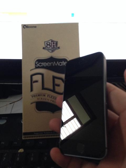 Tempered Glass vs Flexible Glass Screen Protectors for the 5s?-photo.jpg