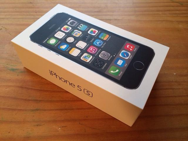 Let's see those iPhone 5s'-imageuploadedbyimore-forums1384742430.581313.jpg