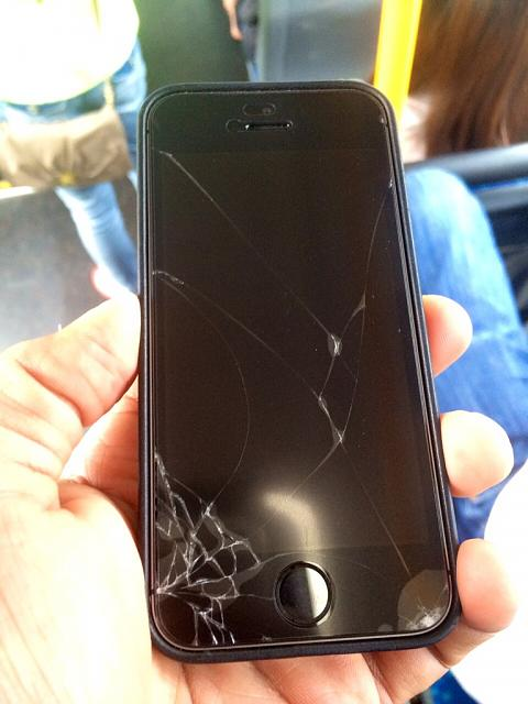 So I dropped my 5S-imageuploadedbyimore-forums1401381148.416458.jpg
