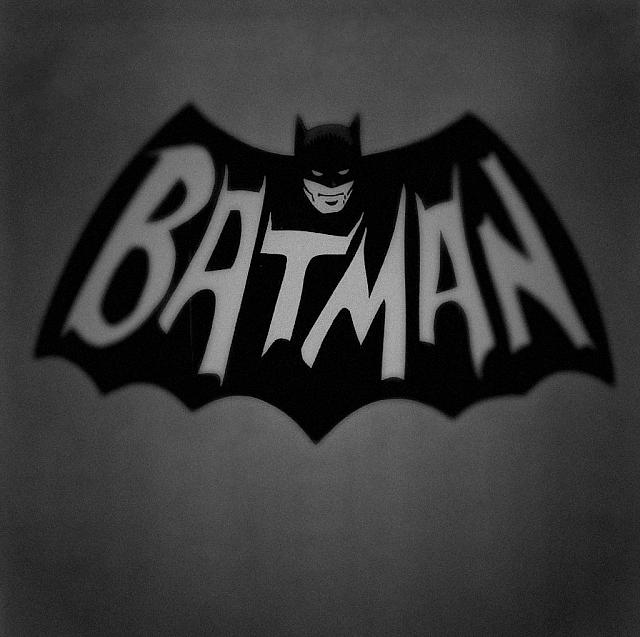 Looking for a new wallpaper or have one to share?-batman-1.jpg