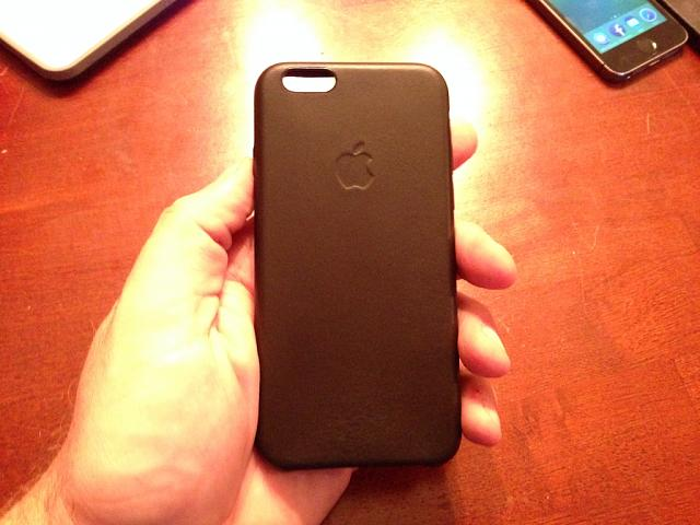 Otterbox Symmetry vs. Apple Leather vs. Apple Silicon For iPhone 6 Plus-imageuploadedbyimore-forums1410999112.333149.jpg
