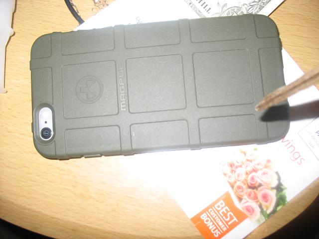 What case are you using for your iPhone 6 and 6 Plus?-img_2695.jpg