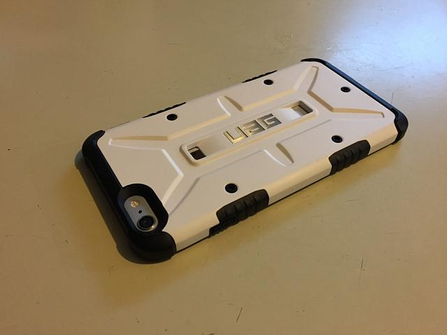 What case are you using for your iPhone 6 and 6 Plus?-imoreappimg_20150221_115458.jpg