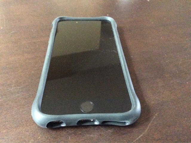 What case are you using for your iPhone 6 and 6 Plus?-imageuploadedbyimore-forums1427563386.421818.jpg