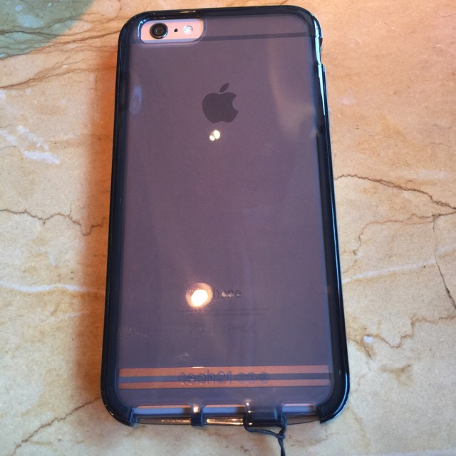 What case are you using for your iPhone 6 and 6 Plus?-imageuploadedbyimore-forums1439685192.209863.jpg