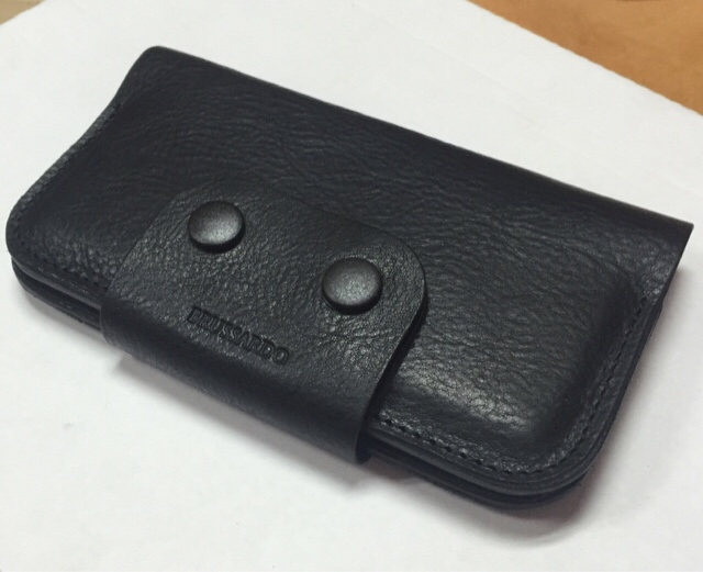 Which should I get the apple leather or silicone case?-imageuploadedbyimore-forums1422906086.869490.jpg
