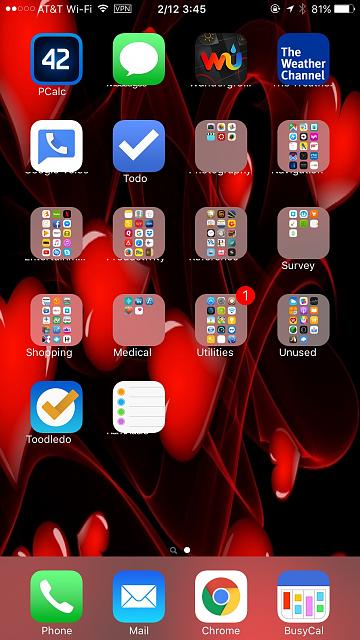 Icons overlaping folder and app names-img_1359.jpg