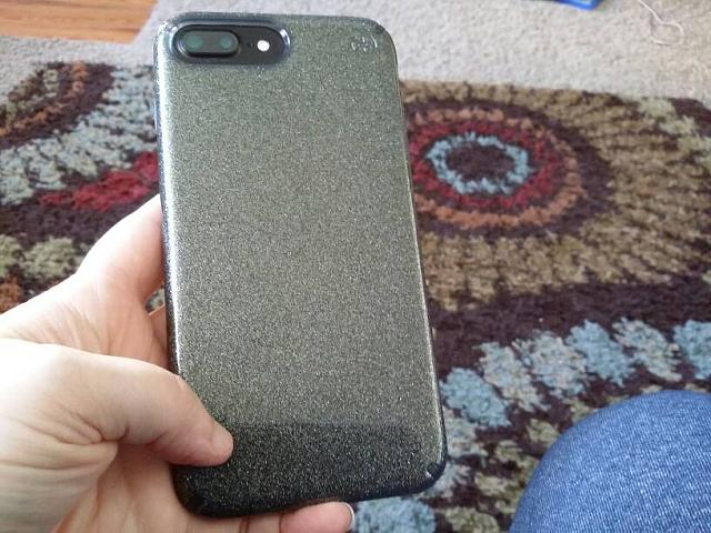 What cases are you using on your iPhone 7 Plus?-20160924_163337.jpg