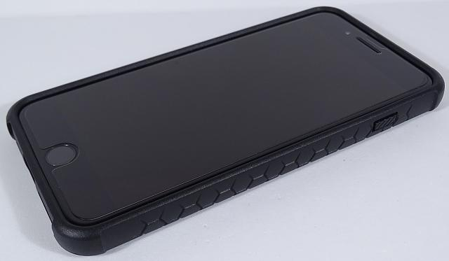 What cases are you using on your iPhone 7 Plus?-mon03.jpg