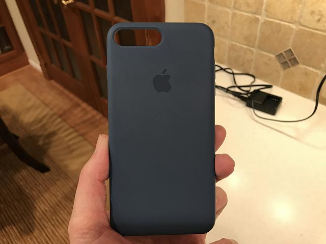 What cases are you using on your iPhone 7 Plus?-img_2348.jpg