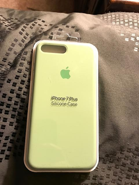 What cases are you using on your iPhone 7 Plus?-img_0572.jpg