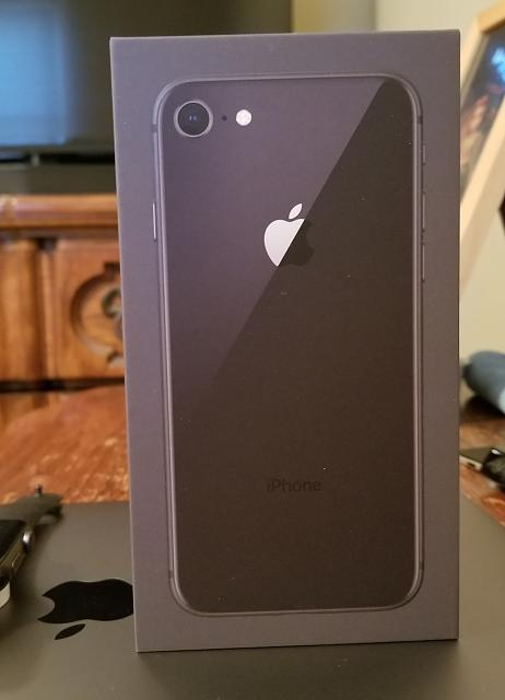 Show off your new iPhone 8.-20170922_093119.jpg