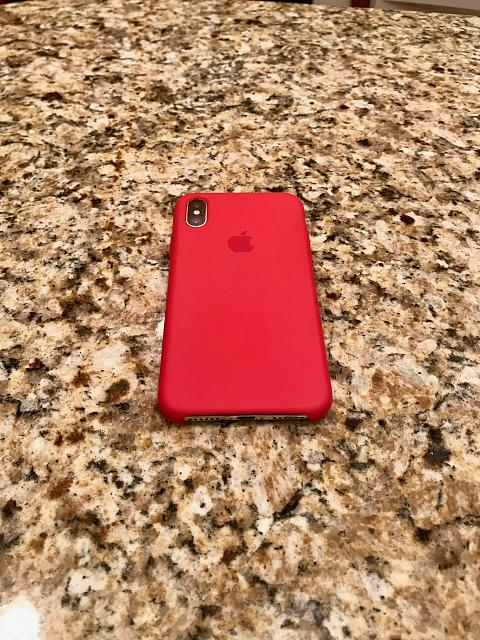 buy popular d4218 ded03 Apple silicone case - red vs rose red? Can't decide on the color ...