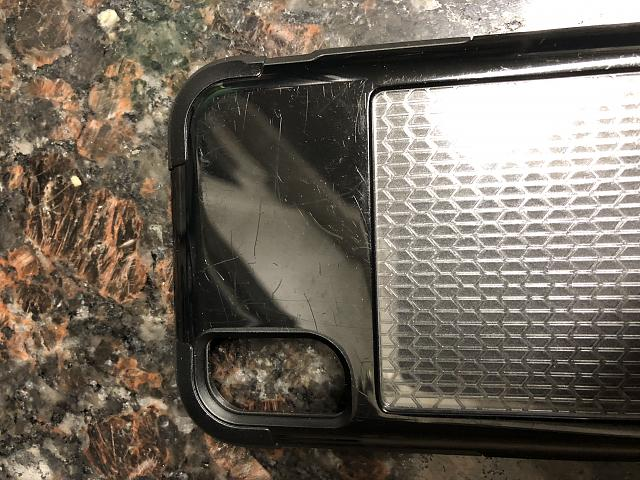 [REVIEW] Griffin Survivor Fit Review for the iPhone X-img_0487.jpg