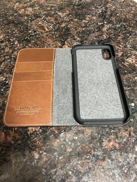 [REVIEW] Nomad Leather Folio for the iPhone X-6.jpg