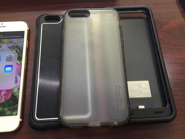 VZW iPhone 6S 64gb Gold w/3 cases-photo-may-11-11-27-19-am.jpg