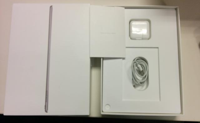 "iPad Pro 128GB 9.7"" LTE Space Gray + Lots of Extras!!-img_20160810_173051.jpg"
