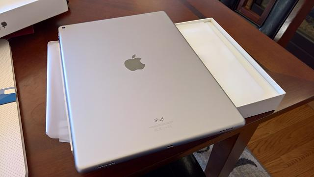 "WTS: iPad Pro 12.9"" 128gb Space Gray, Leather Case, Tempered Protectors & More-wp_20160822_13_12_34_rich_zpspuh5yiun.jpg"