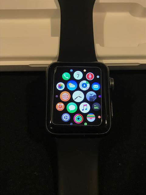 SOLD: Apple Watch 1st Generation. Space Gray with Black Sport Band 42mm-img_7702.jpg