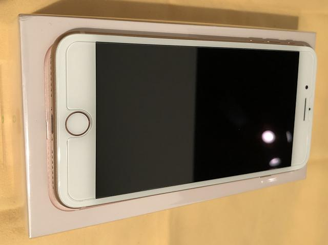 iPhone 8 Plus Gold 256GB Unlocked-img_2607.jpg