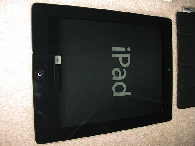 [WTS] iPad 3 64GB Verizon Black - AppleCare+, Case & Cover - Purchased in July-img_3177.jpg