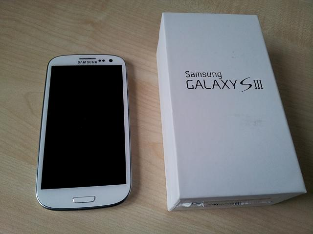 WTT White Verizon 16GB Galaxy S3 + 32 GB MicroSD + Accessories-2012-06-03-19.42.22.jpg