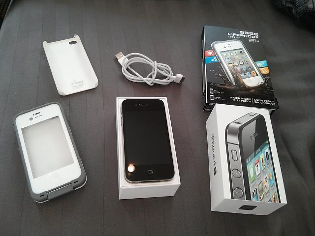 WTS: Used iPhone 4s 64gb Black AT&T w/ a Lifeproof Case-2012-12-15-12.34.07.jpg