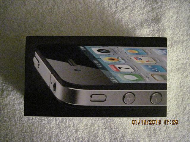 AT&T iPhone 4 32GB Black MINT & LOTS of Accessories-iphone-4-01.jpg