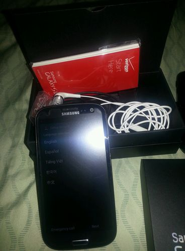 SOLD: Samsung Galaxy S3 (Verizon) 16GB Sapphire Black *Excellent Condition*-black-s3-2.jpg