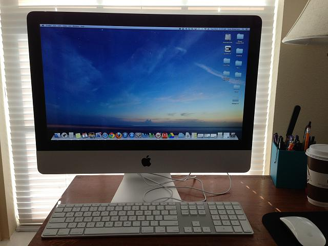 "WTS May 2011 iMac 21.5""-photo-4.jpg"