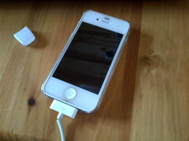 WTS: bell 16GB iPhone 4s-photo-2.jpg