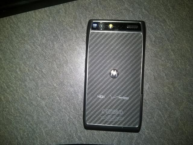 WTT: Droid Razr Maxx w/ Accessories for iPhone 5 Verizon-rear.jpg