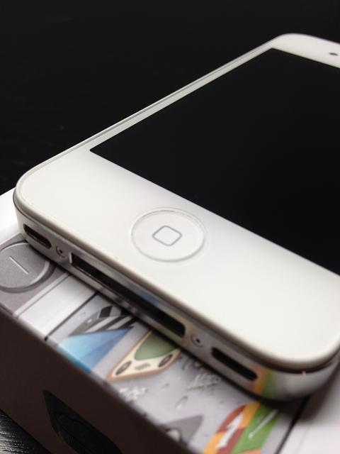WTS: Verizon 16GB White iPhone 4S w/ acc-image.jpg