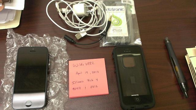 New Condition Black/Slate Verizon iPhone 5 32gb-2013-04-19-10.34.20.jpg