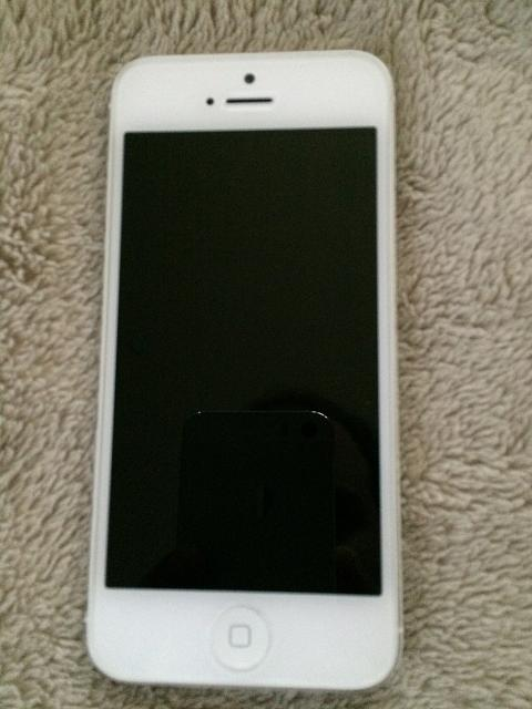 iPhone 5 32GB Silver (AT&T)-img_1255.jpg