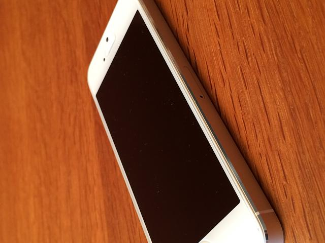 AT&T iPhone 5s (64 GB White/Silver) 10/10 Condition-img_0007.jpg