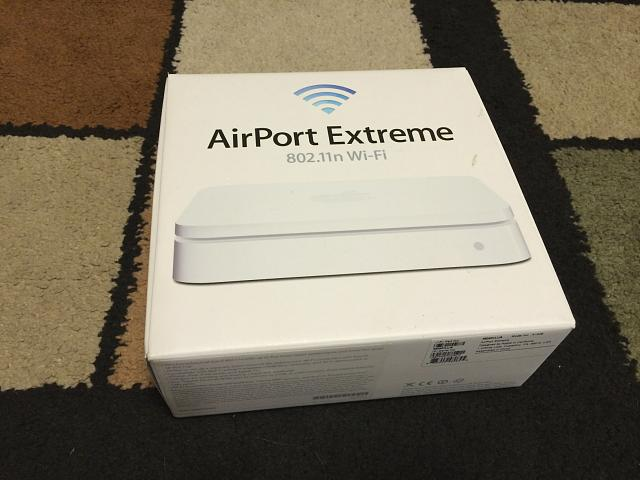 [San Antonio + Free Ship] Apple Airport Extreme 5-Port Gigabit Wireless N Router (MD031LL/A)-img_0386.jpg