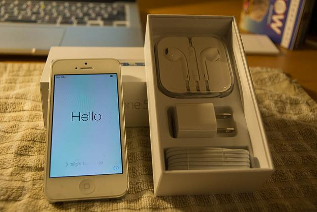 WTS: iPhone 5 32gig White Unlocked-dsc05159.jpg