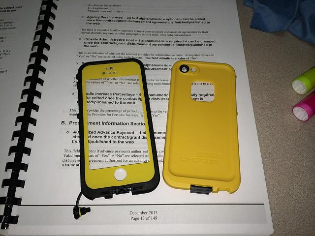 New Condition Yellow and Black LifeProof Case and Mint Condition Black iPad Air Smart Cover-img_8192.jpg