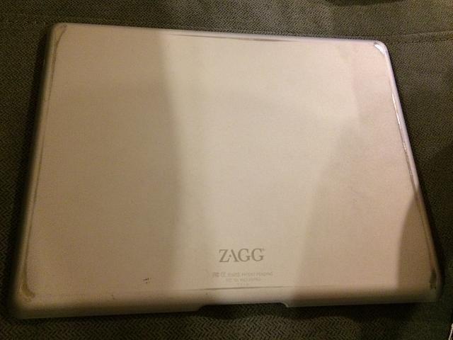 ZAGG Pro Wireless Keyboard for iPad 2/3/4-img_2663.jpg