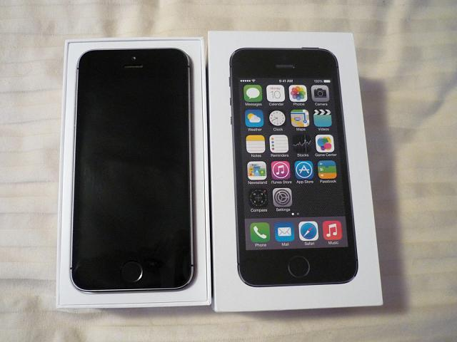 LIKE NEW 10/10 Apple iPhone 5S - 64GB - Space Gray (Factory Unlocked) Smartphone-photo67.jpg