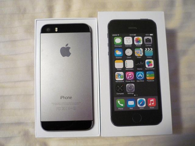LIKE NEW 10/10 Apple iPhone 5S - 64GB - Space Gray (Factory Unlocked) Smartphone-photo677.jpg