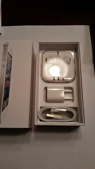 Verizon iPhone 5 16 GB WHITE-20141012_190438.jpg